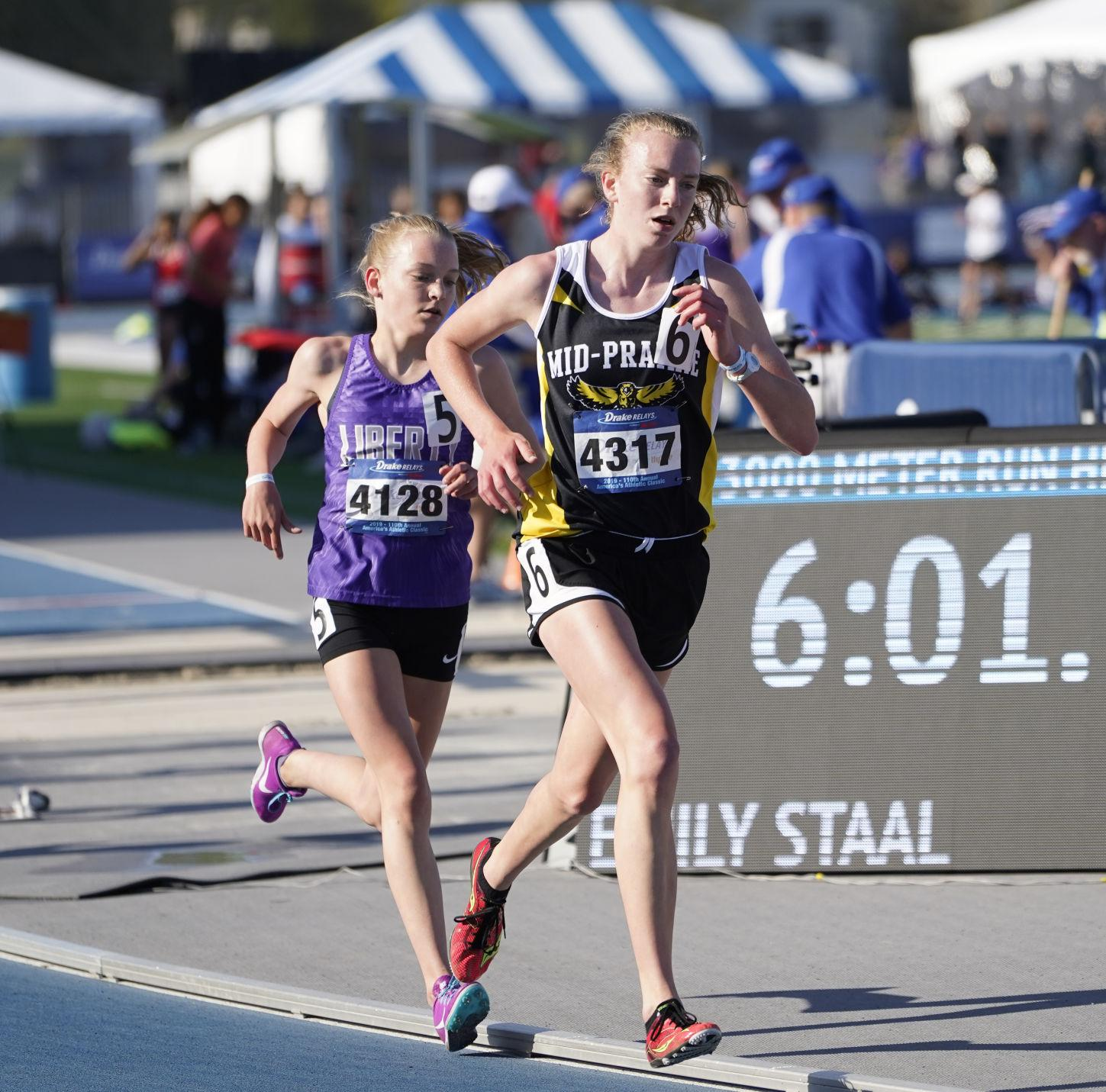 Golden Hawks successful at Drake Relays